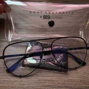 QuayX Desi Mini blue light glasses